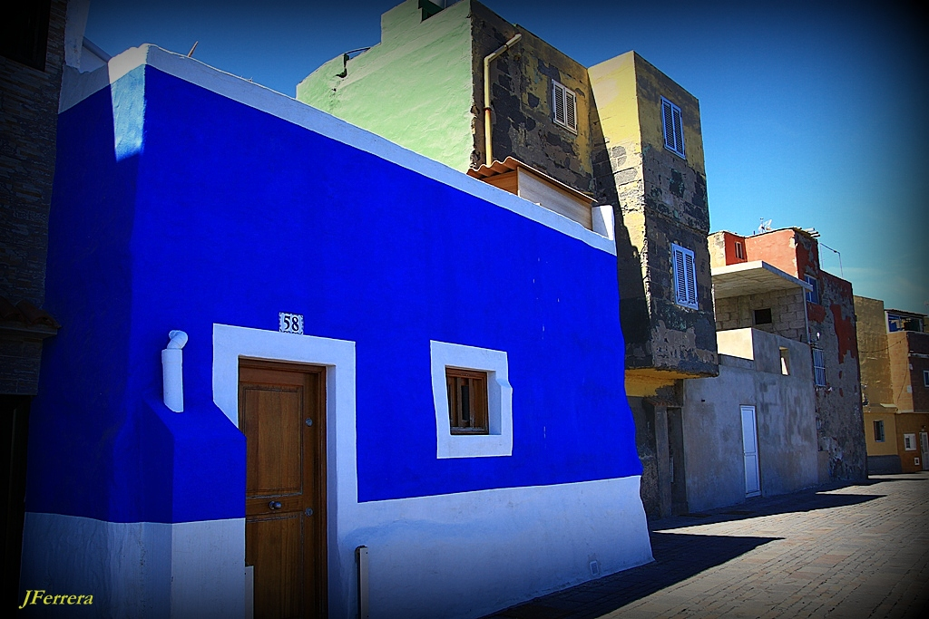 "PHOTOTEX: ""La casa azul"""